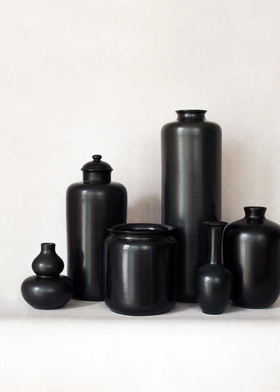 Middle Kingdom Porcelain, Matte Black