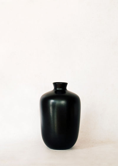 Middle Kingdom Porcelain Plum Vase