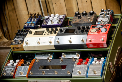 How do I build pedalboards?