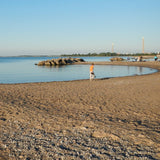 Best places to paddleboard in Toronto. Kew/Balmy Beach