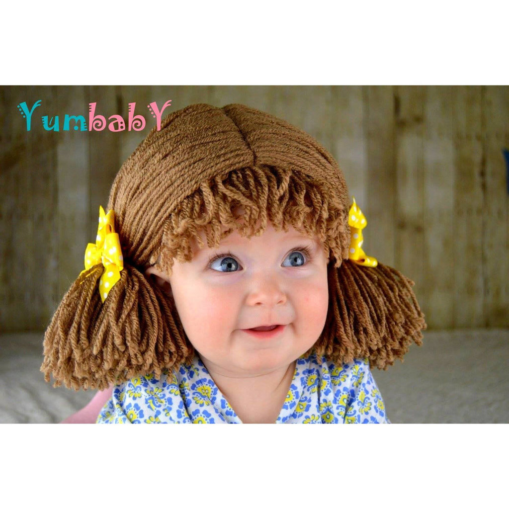 Pigtail hat - Short Medium Brown pigtails