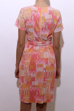vintage 1960's 60's geometric print mod shift dress pink orange peach psychedelic short sleeve midi M-L