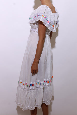 vintage 1970's 70's embroidered white cotton dress mexican embroidery floral flowers lace satin ribbon tiered peasant XS-S
