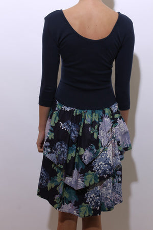 vintage 1980's 80's hydrangea print floral dress tee long sleeve full skirt pouf tiered S-M