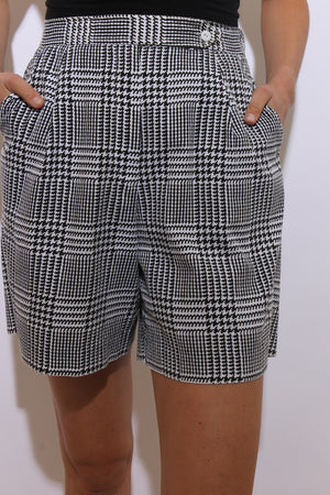 HOUNDSTOOTH SHORTS