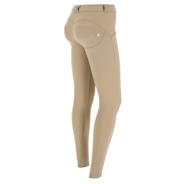WR.UP® Regular Waist Emana Sand (Z10)