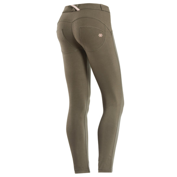 WR.UP® 7/8 Regular Waist Armygrøn (V74)