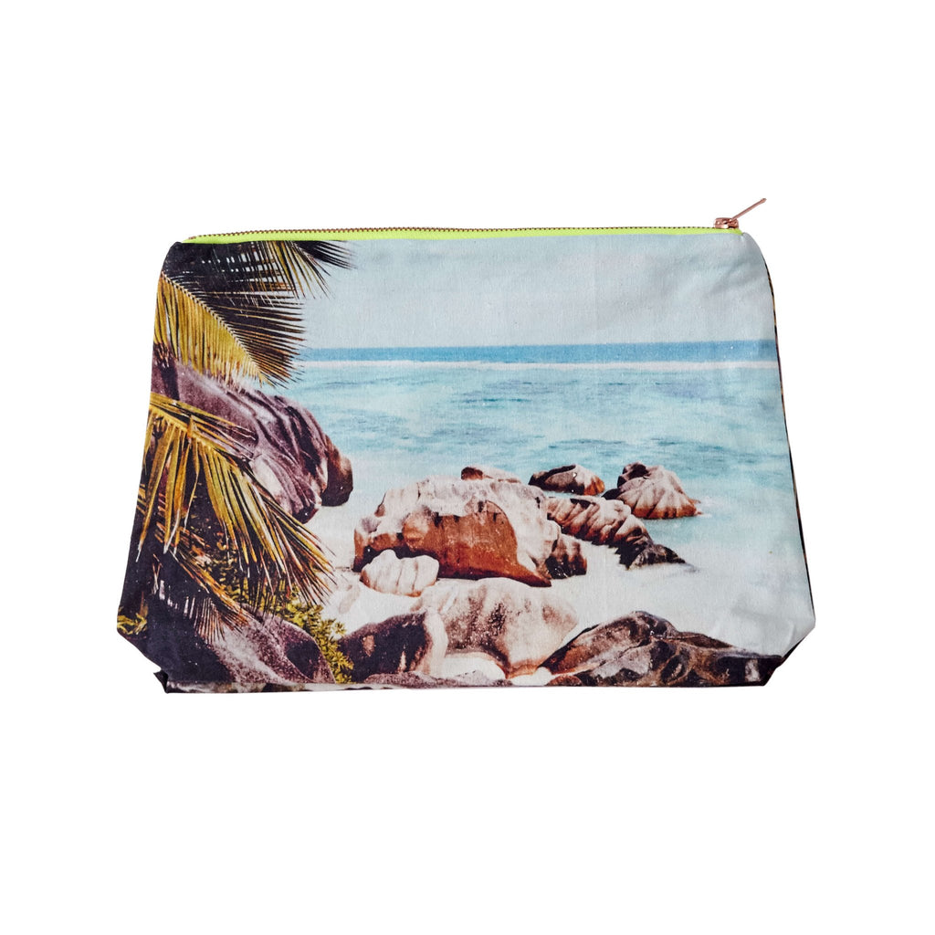 Seychelles Pouch