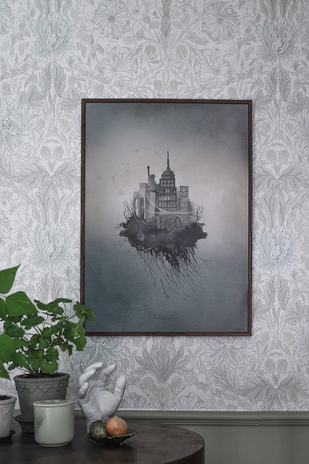 Mrs. Mighetto New Floating York Print - 50x70 cm