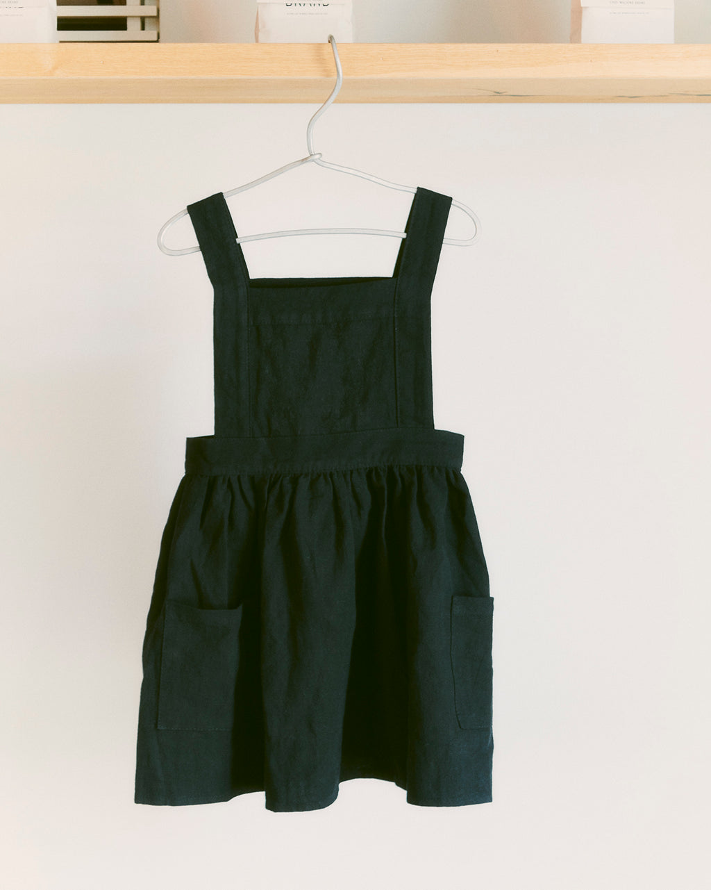 Cheengoo Pinafore Apron - Black