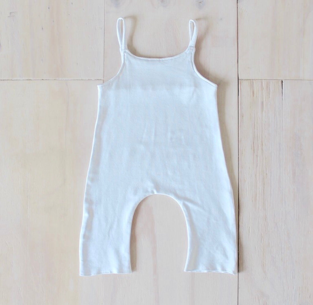 Yoli & Otis Mio Suit - White