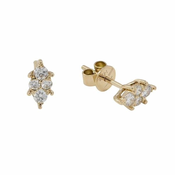 Diamonds Pointed Prong Stud