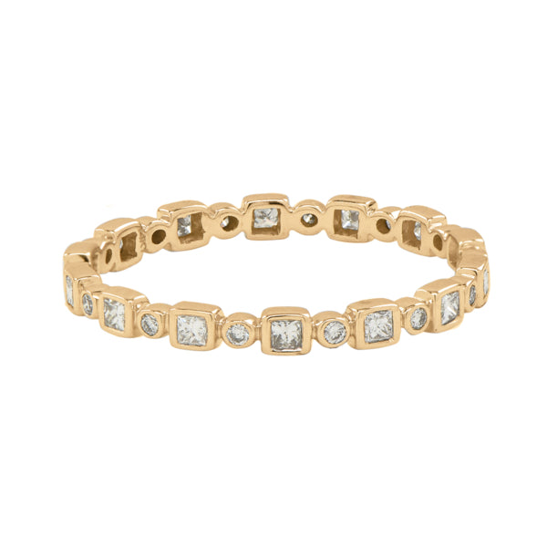 Square and Circle Alternating Diamond Band Ring