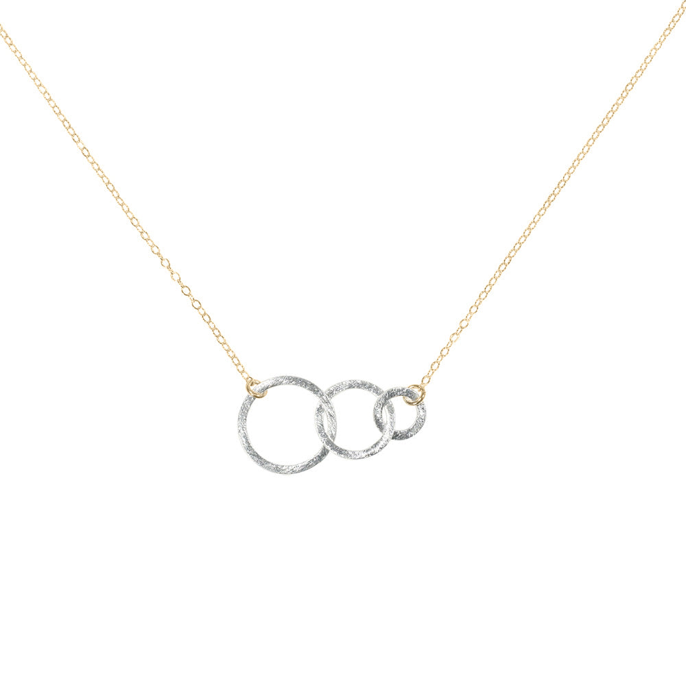 Sideway Triple Interlocking Brushed Circle Necklace