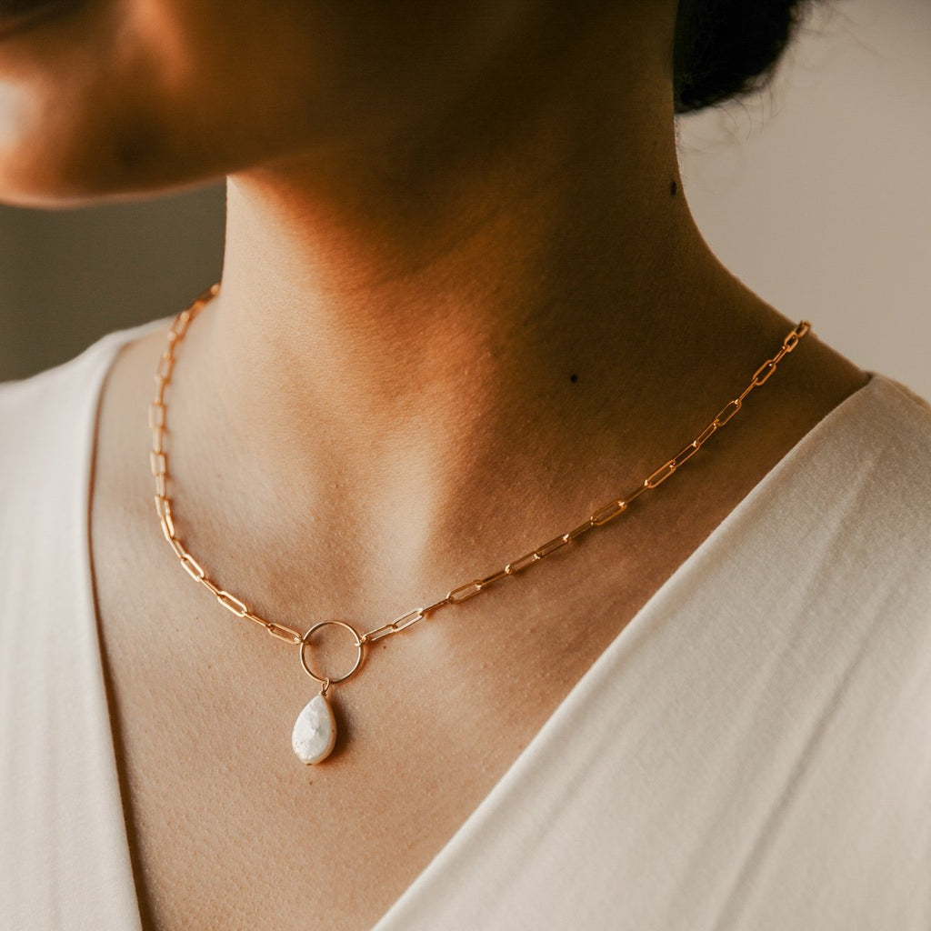 Pearl Teardrop Oval Link Necklace
