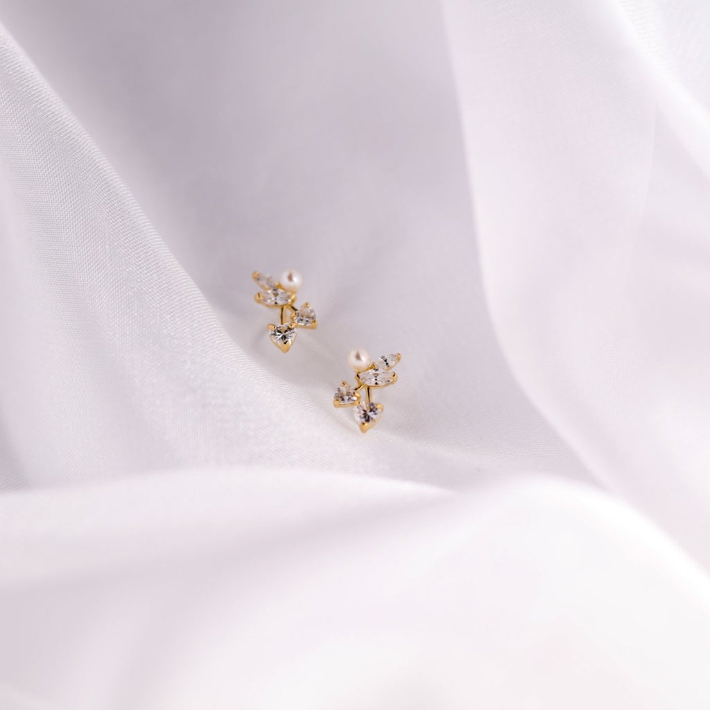 10k Solid Gold Pearl/ CZ Vine Studs