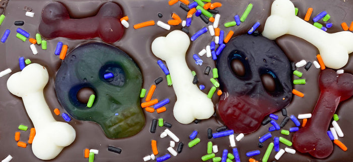 Gummy Skulls & Bones Chocolate Bar