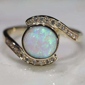 Natural Australian  Crystal Opal and Diamond  Gold Ring Size 6.75