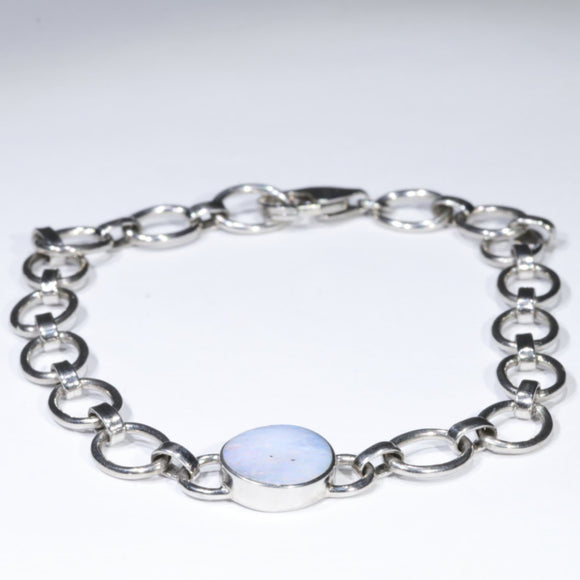 Easy Wear Silver Bracelet Design