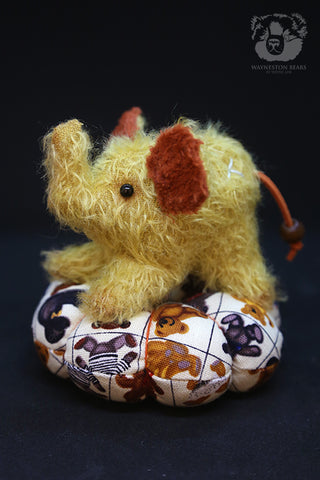 Pin Cushion, Amber by Wayneston Bears