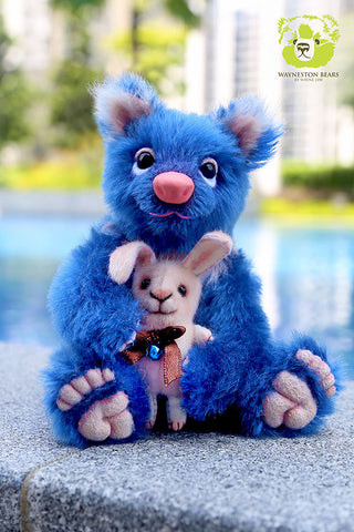 Artist Bear, Blueberry by Wayneston Bears