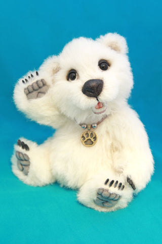 Artist Bear, Boey by Wayneston Bears