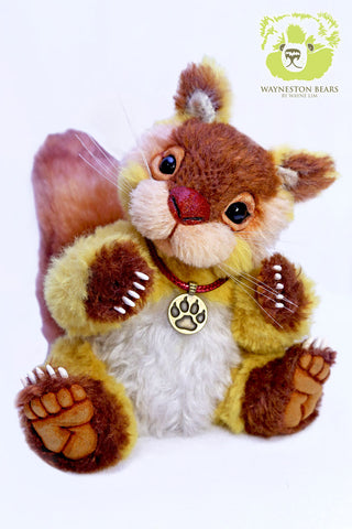 Artist Squirrel, Chestnut by Wayneston Bears
