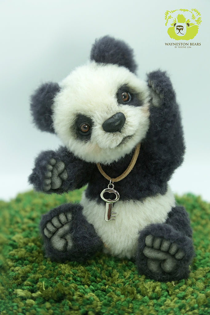 Artist Panda, Didi by Wayneston Bears