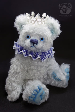 Artist Bear, Frozen Prince by Wayneston Bears