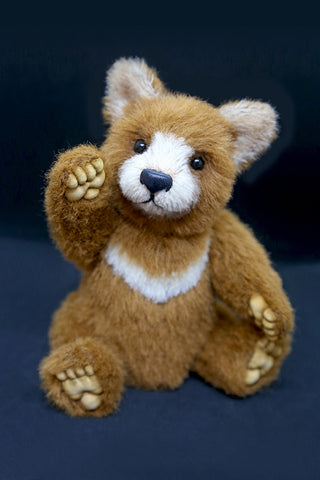 Artist Bear, Maxi by Wayneston Bears