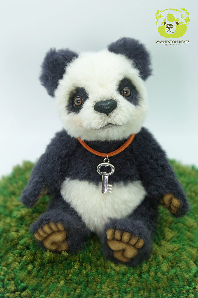Artist Panda, Mei Mei by Wayneston Bears