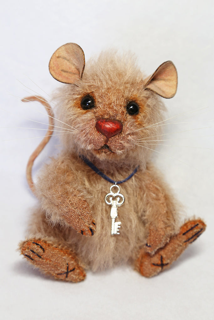Beginner (2-Day Workshop) --- Scruffy Mouse by Wayneston Bears