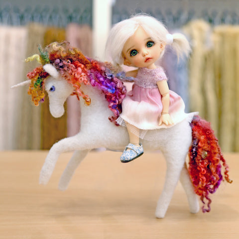 Needle Felt Unicorn by OooDolls (1-Day Special Workshop)