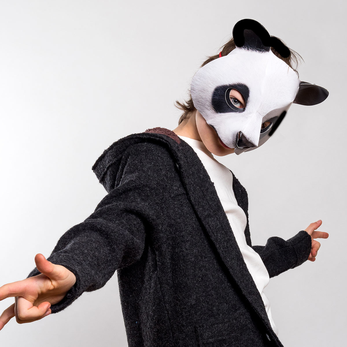 Panda mask – Cool Panda dancing