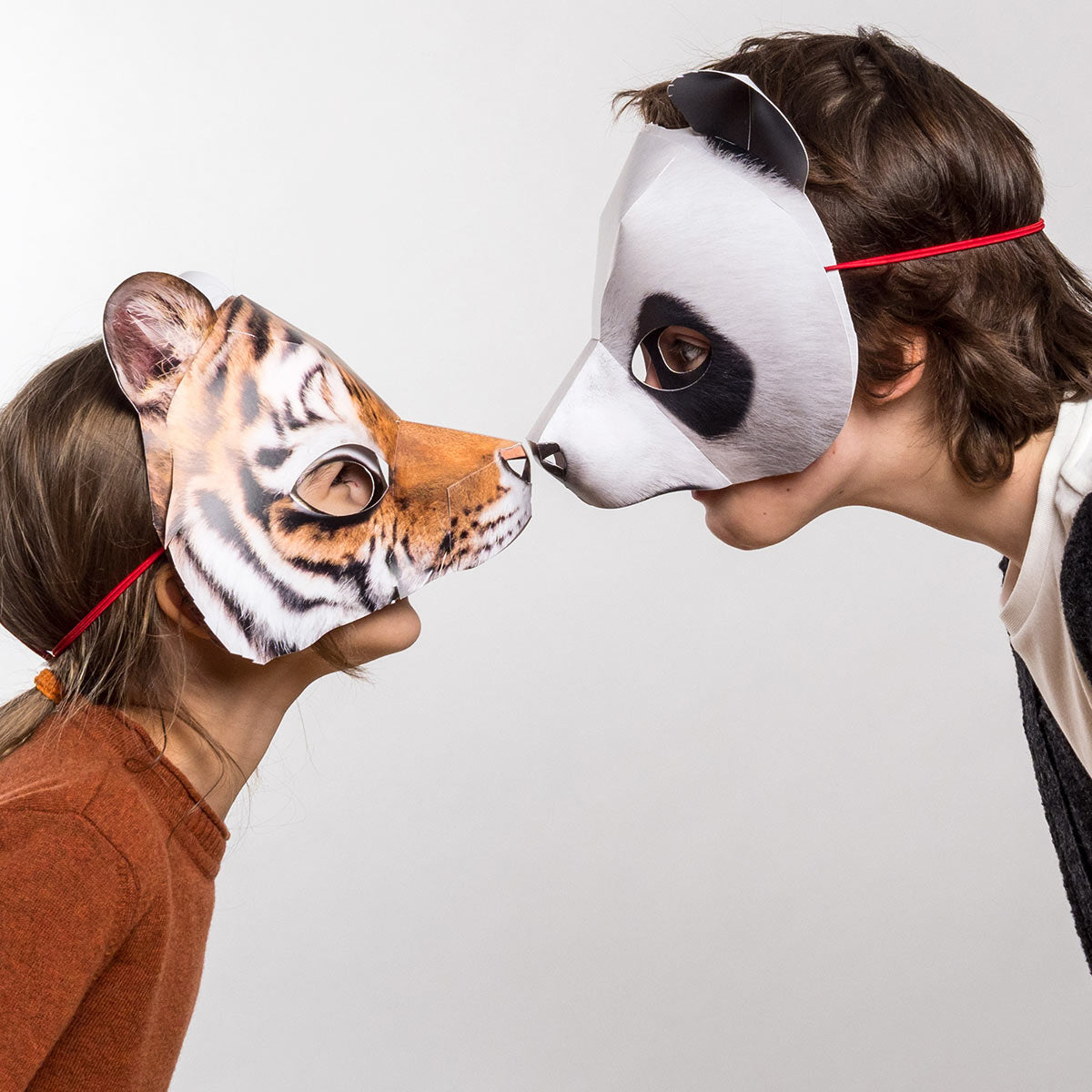 Panda mask – A nose kiss