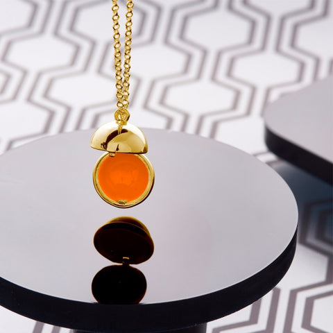 Opening Ball Pendant - Love Luxe