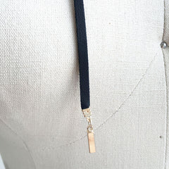Suede wrap choker necklace with multi layer chain and metal bar
