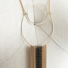 Chain fringe hoop pendant necklace