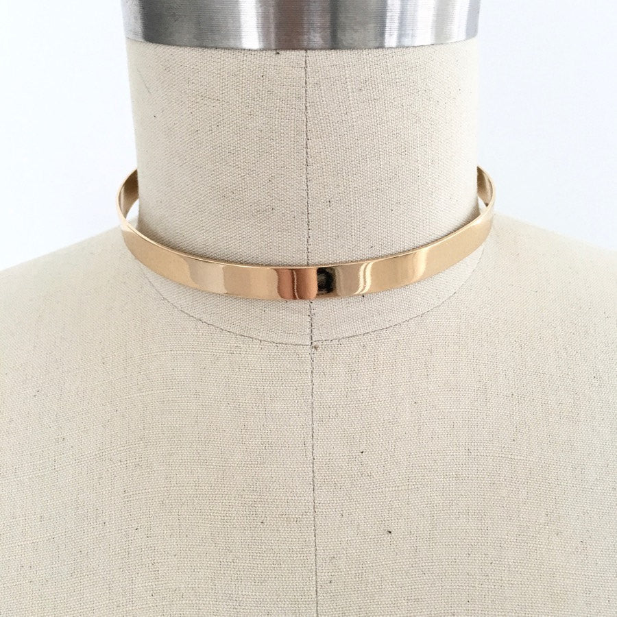 Modern minimalist sleek gold plate choker necklace
