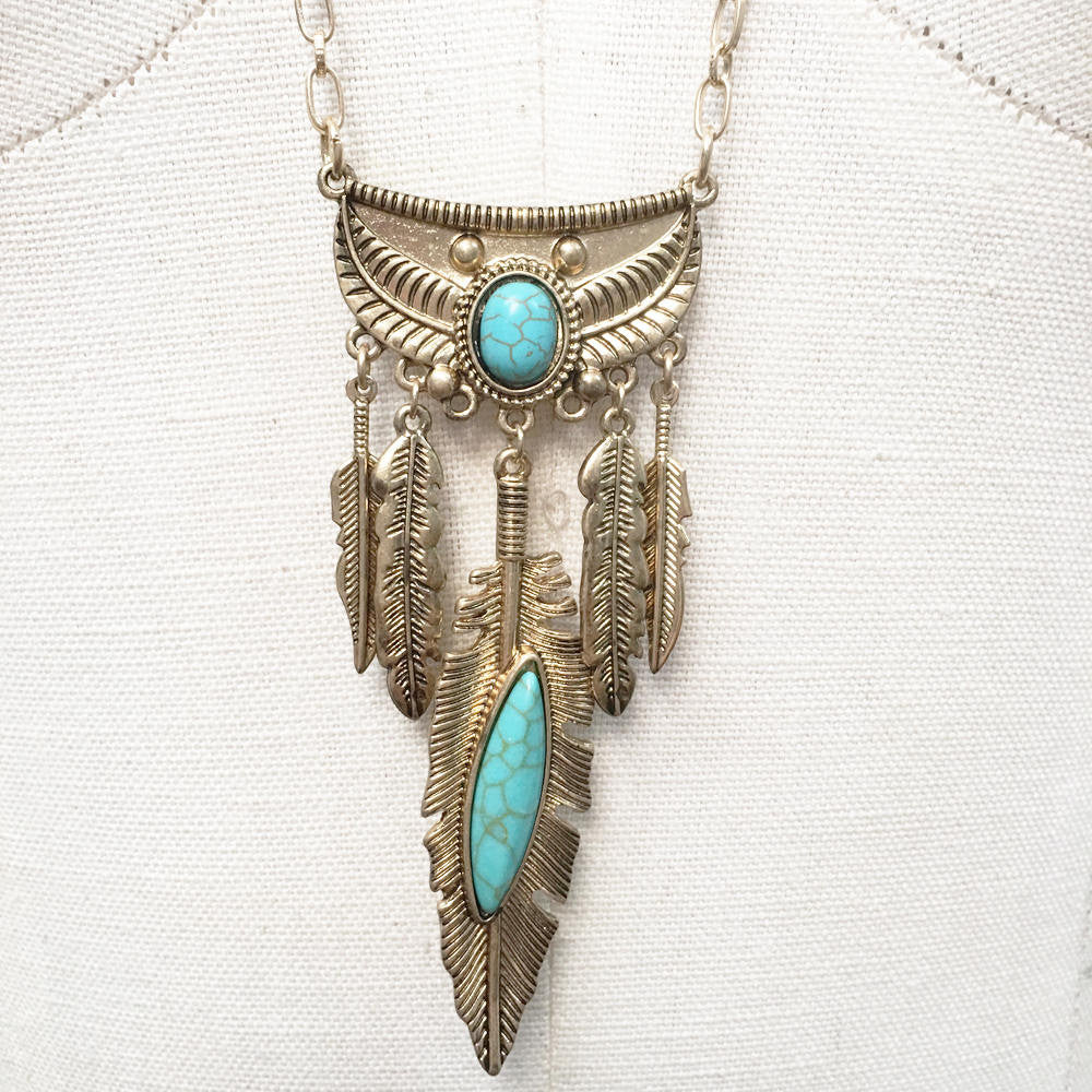 Antique Turquoise howlite effect pendant necklace with feather charms gypsy boho