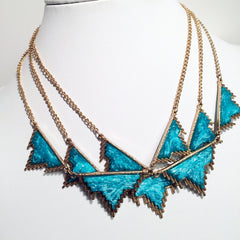 DRUZY STYLE Aztec style modern wave bib necklace with resin mold