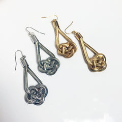 Rope knot earring with snake chains in silver and gold celtic knot