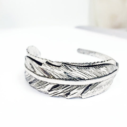 Antique silver vintage 3-d bracelet bangle cuff with hand carved details