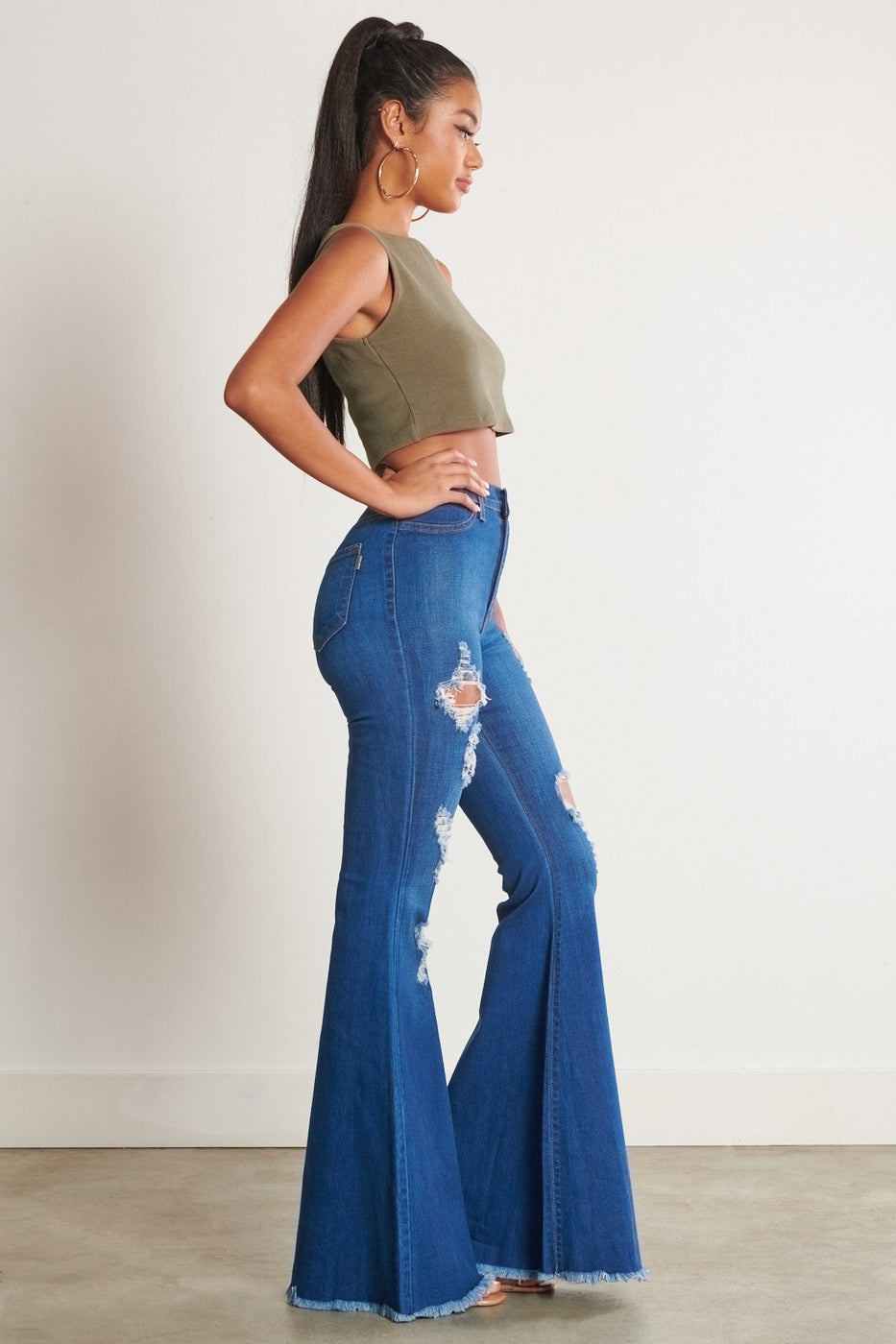 Distressed 70s Wide Flare Jeans