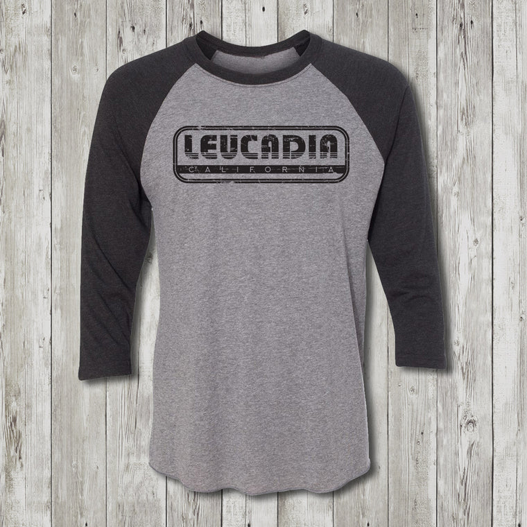Encinitas Throwback 3/4 Sleeve Raglan Crew Neck T-Shirt