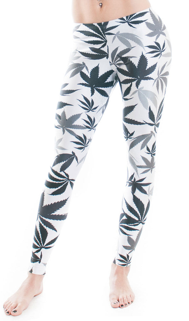 Black & White Weed Print Leggings!