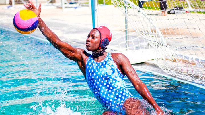 How to Choose a Women's Water Polo Suit