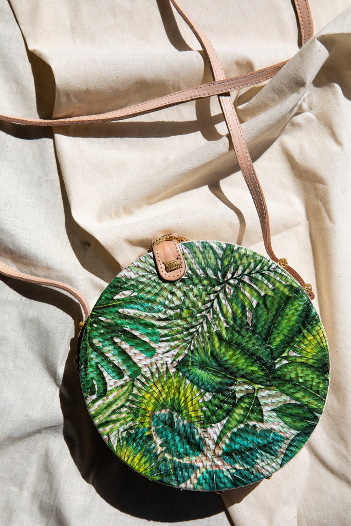 Palm Leaf Vacay Round Bag