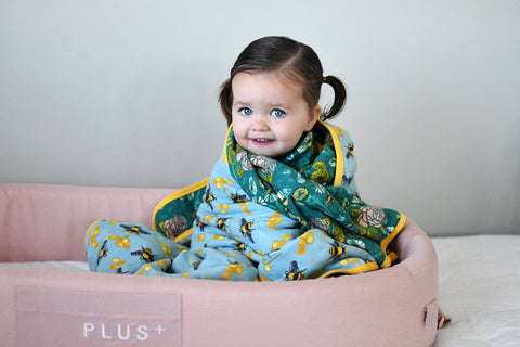 The Bees Knees | 8-Layer Cotton | Reversible Cuddle Blanket