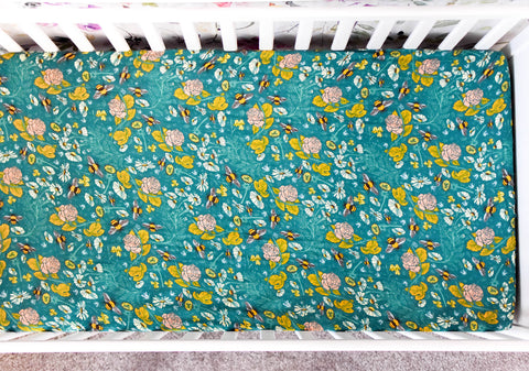 Honeyflower | Cotton Crib Sheet